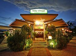 Hotel Australië, Queensland , Cairns Hotel Bay Village Tropical Retreat